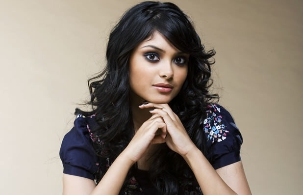 ¿Cuánto mide Afshan Azad? - Real height Afshan-azad-padma-patil9