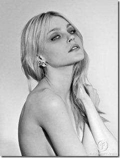 Jessica Stam3