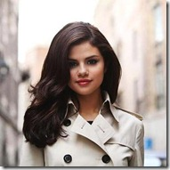 Selena Gomez28