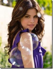 Selena Gomez46